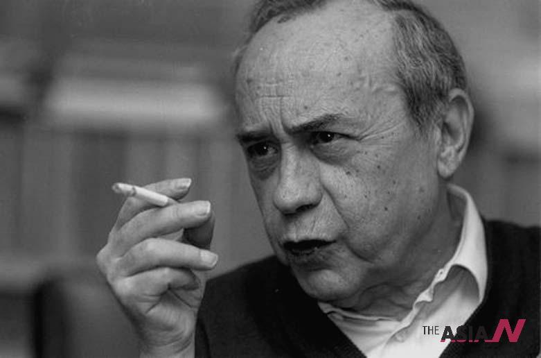 """الكاتب الإيطالي """"Leonardo Sciascia"""""""