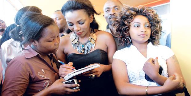 السينما الكينية تدخل مسابقة الأوسكار بفيلم نيروبي هاف لايف