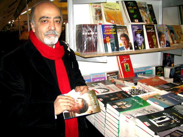 (آسيا إن) تكرم الشاعر والمترجم التركي متين فندقجي