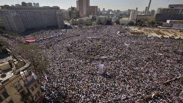 ميدان التحرير: مليونية حاشدة للقوى الثورية اليوم