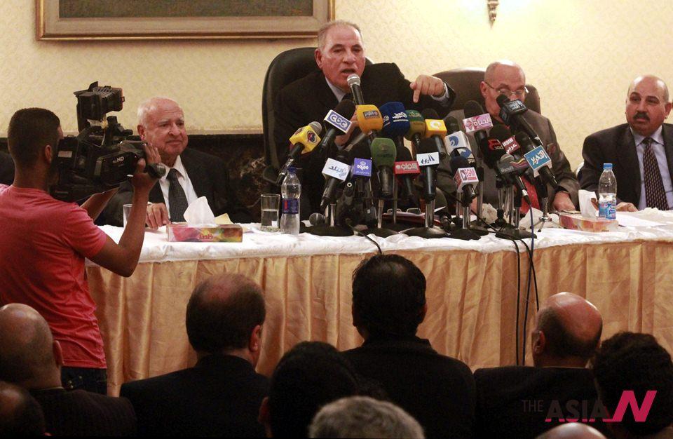الجيش المصري يؤمن الاستفتاء على الدستور بأكثر من 120 ألفا من عناصره