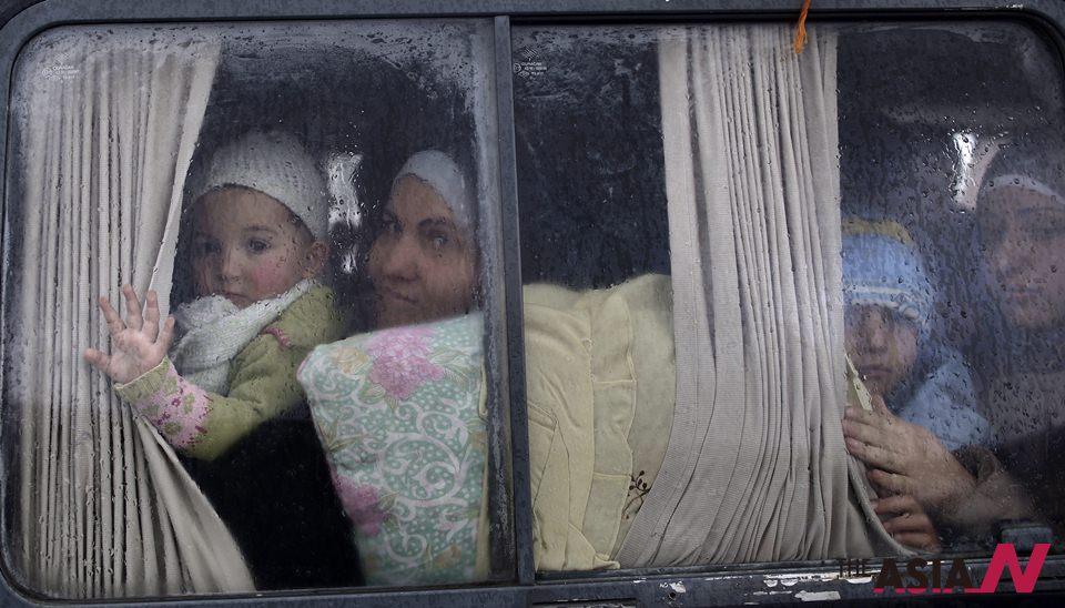 أطفال سوريا اللاجئون في لبنان: سيأتي العيد حين نعود إلى منزلنا