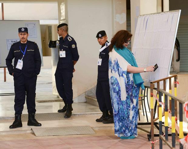 الكويت: غياب آل المطيري والعوازم، وثلث مجلس الأمة من الشيعة