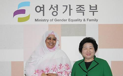 السودان يدعو كوريا لإعادة إعمار دارفور