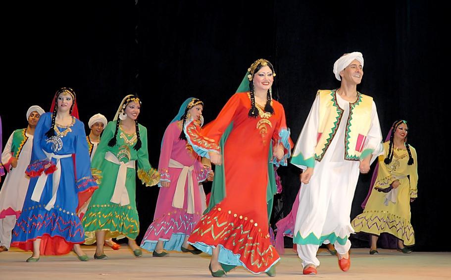 سنغافورة : فرقة رضا للفنون الشعبية تمثل مصر في مهرجان شينجاي