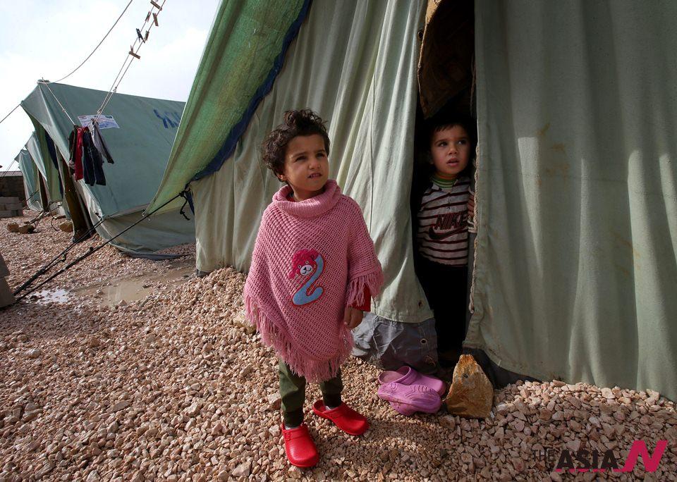 الصقيع يزيد معاناة 600 ألف لاجيء سوري