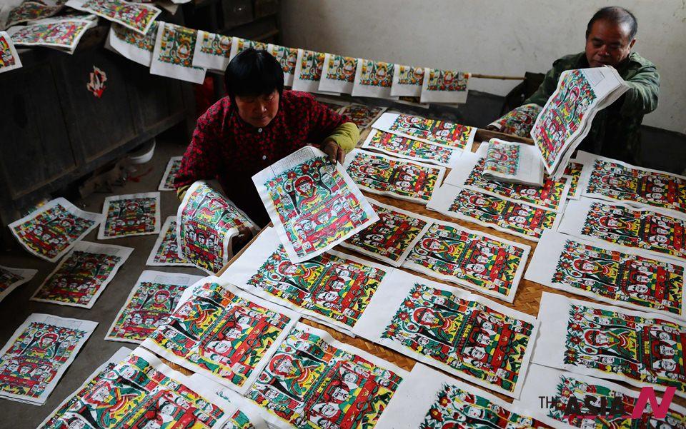 على طريق الحرير: فنانو الصين يستعدون لعيد الربيع