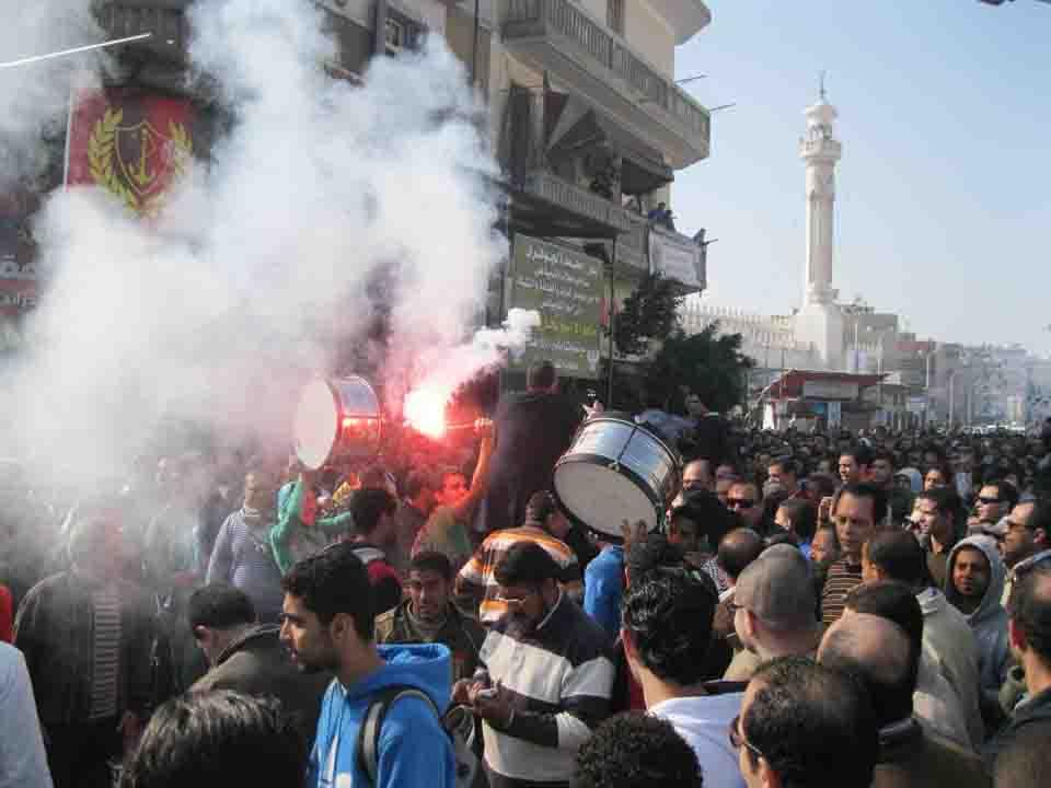 إنتهازية حكم المرشد للسيطرة على مصر بمساعدة مرتزقة حماس