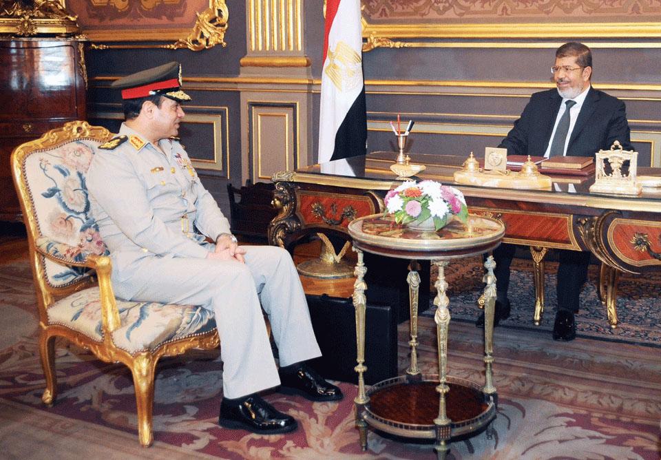 هل تستيقظ خلايا الإخوان النائمة في الجيش المصري؟
