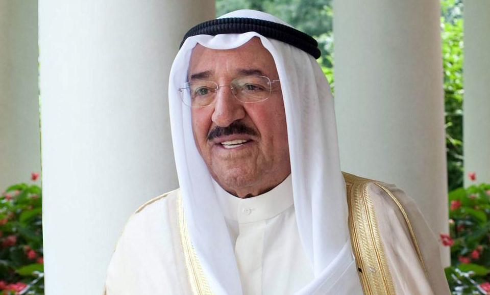 أمير الكويت يقبل قرار المحكمة الدستورية: الديمقراطية قدَرُنا