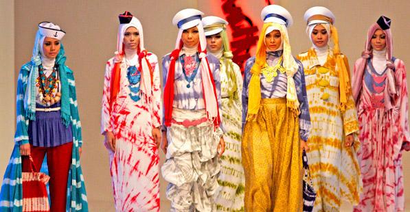 عرض لأزياء إندونيسيا .. في القاهرة
