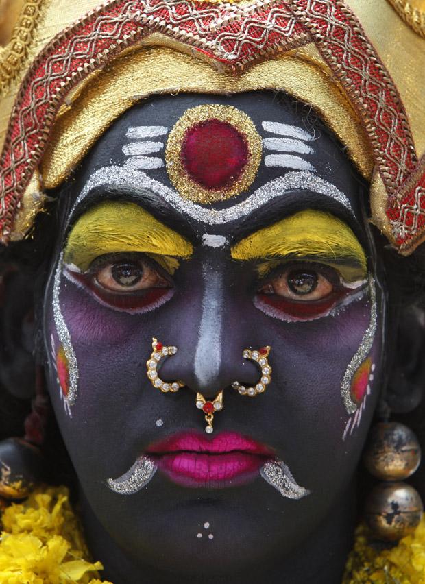 حيدر آباد تحتفل بمهرجان الإلهة الهندوسية كالي