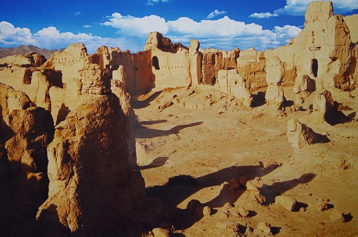 اكتشافات أثرية لحضارات طريق الحرير بعصور ما قبل التاريخ