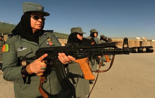 طالبان تستهدف نساء الشرطة الأفغانية