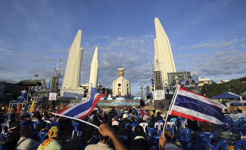تايلاند تخسر 16 مليار دولار في قطاع السياحة بسبب المظاهرات