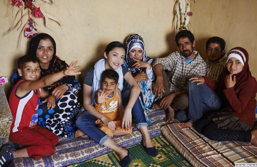 الممثلة الصينية الشهيرة ياو تشن تزور عائلات نازحي سورية في لبنان