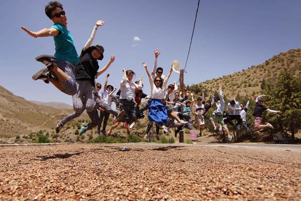 طلاب كوريا الجنوبية يستكشفون جبال الأطلس المغربية